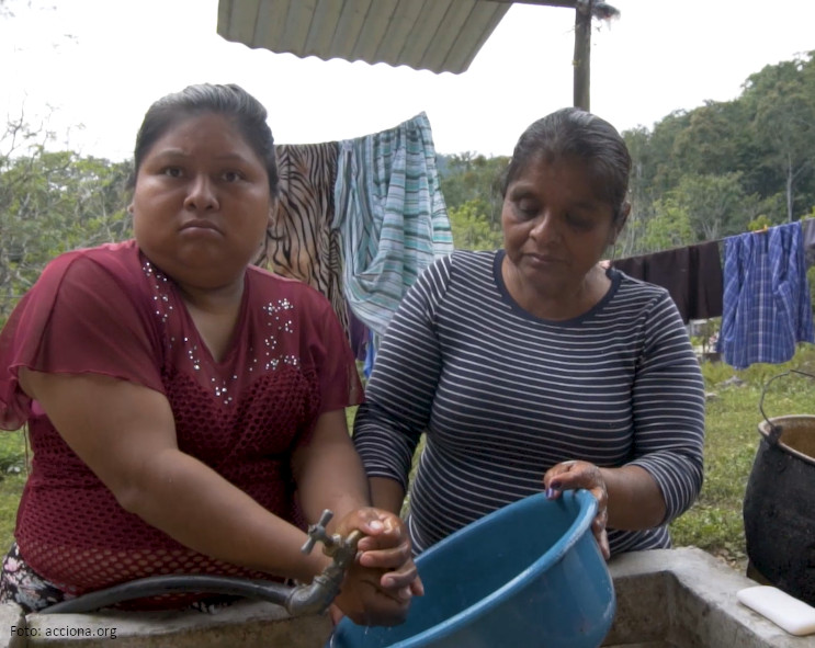 More than 1,100 households have access to energy, water & sanitation basic services with the EncASa Oaxaca 2018 project